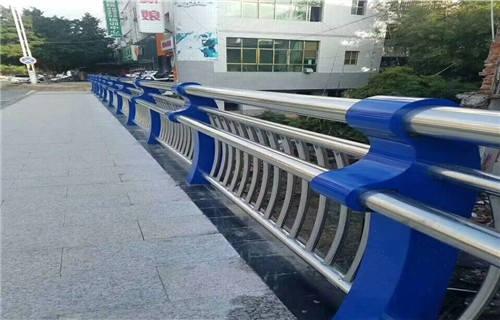 四平不锈钢碳素钢复合管桥梁护栏-值得信赖