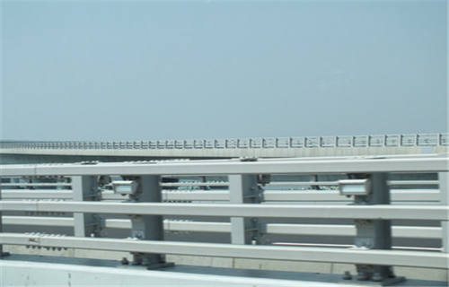 武威不锈钢碳素钢复合管桥梁护栏-值得信赖