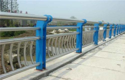 合水道路交通隔离护栏多少钱