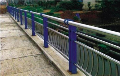 安庆不锈钢复合管多少钱一米