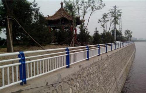 河源展翼不锈钢栏杆厂家价格咨询