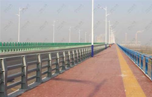 湘潭道路交通隔离护栏安装方便新闻资讯
